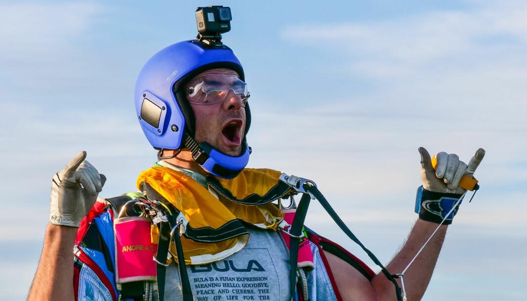 Ekte fallskjermglede: Andreas Håland Hemli