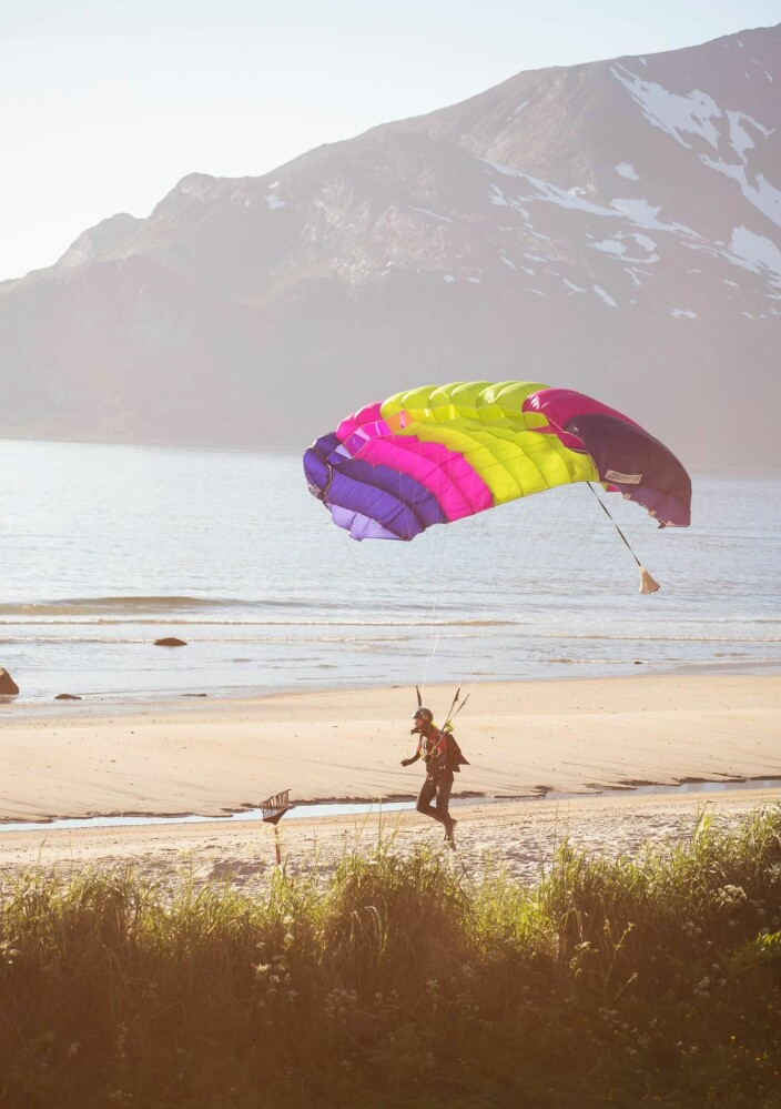Landing på Grøtfjordstranda