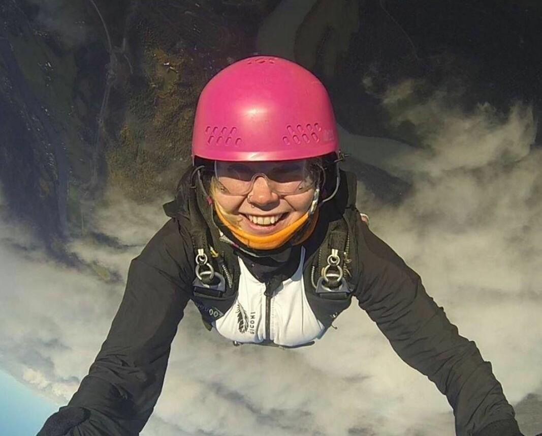 Emilie Lyse Olsen, over Røssvoll flyplass i Mo i Rana