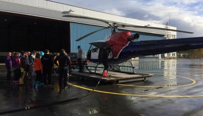 Helikopter på Røssvoll