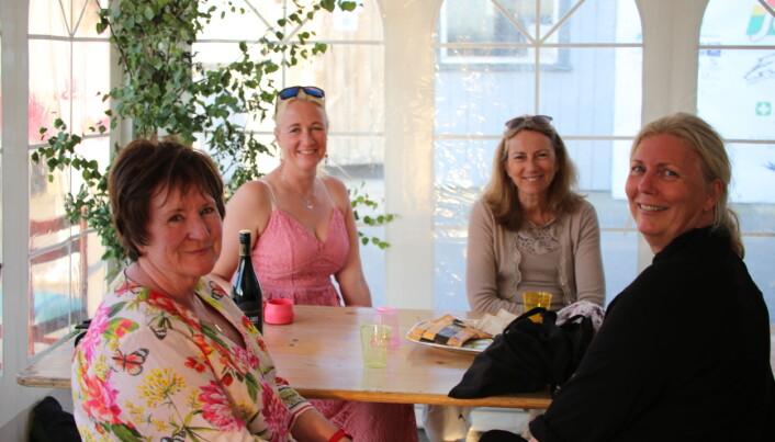 Fra venstre, dommere Anna Maria Lund, Aina Johansen, Ulla Mærsk, og stevneleder Vibeke Valle